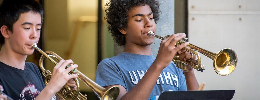 music-trumpets
